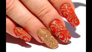 The easiest manicure Autumn nail design Gold
