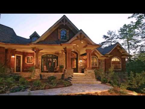 Craftsman Style House With Garage