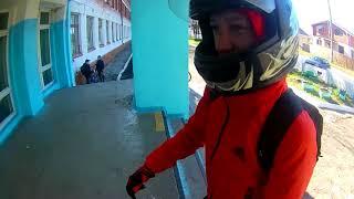 Приехал в школу на мотоцикле ;)