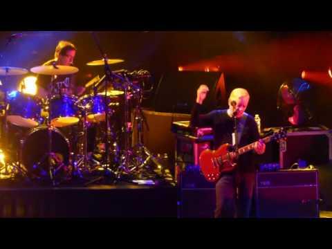 """Regret"" New Order@Radio City Music Hall New York 4/13/17"