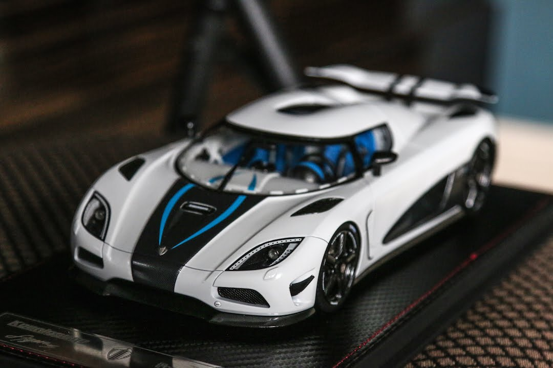 Review - 1:18 Scale Koenigsegg Agera S By FrontiART - YouTube