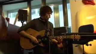 The Kooks - Always Where I Need To Be (acoustic @ Donna)