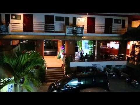 Hotel Lobby Karaoke in Koh Samui