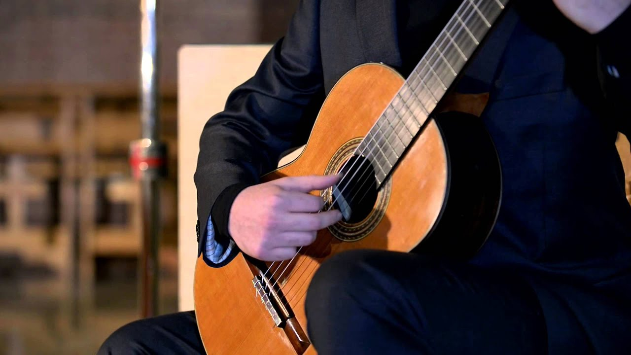 Emanuele Buono Guitar Recital: Introduction and Rondo Brillante Op 2, No 2