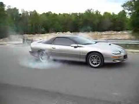 2000 Camaro SS Burnout Chevrolet - YouTube
