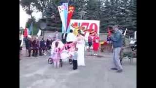 Парад колясок 2013 год, Орловская область, пгт Хомутово.