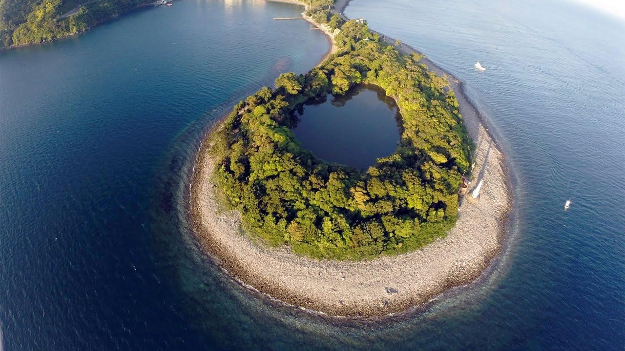 view 海に囲まれた神秘の淡水 静岡県沼津市の神池 - YouTube