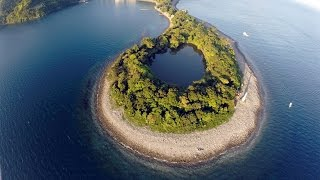 view 海に囲まれた神秘の淡水 静岡県沼津市の神池 thumbnail