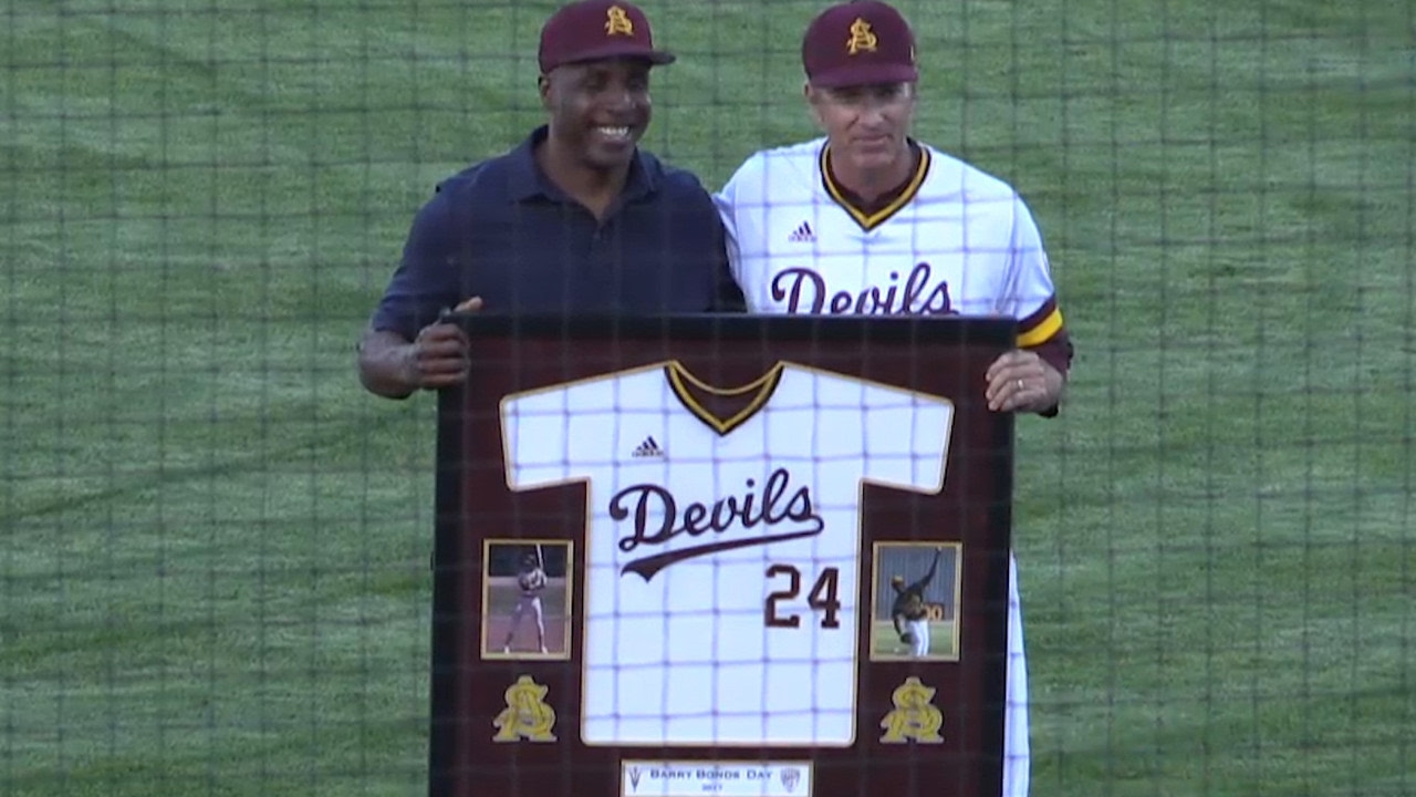 Arizona State Baseball Legend Barry Bonds Throws Out Ceremonial First Pitch