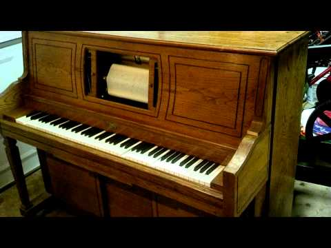 """Player piano """"The Entertainer"""""""