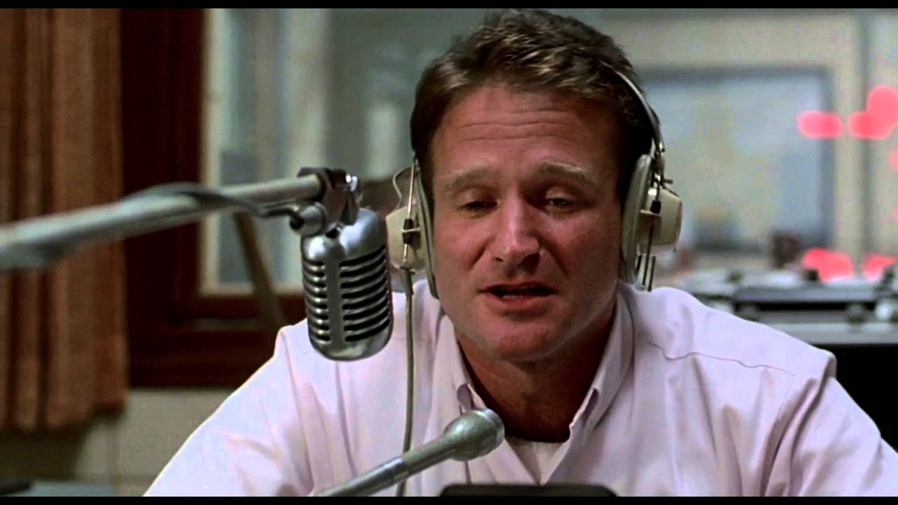 Good Morning, Vietnam - Extrait - Good Morning - YouTube