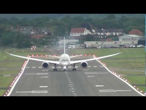 Decolagem impressionante Qatar  Airways Boeing 787 Dreamliner Display, Farnborough2012..mp4