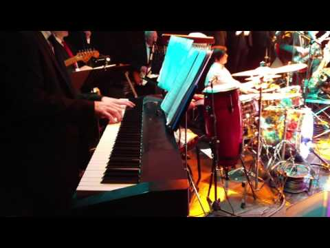The Ultimate Big Band Show (drum solo) from YouTube · Duration:  7 minutes 43 seconds