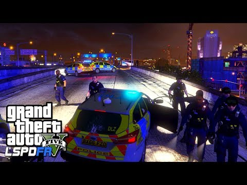 NIGHT SHIFT WITH THE RESPONSE TEAM - GTA 5 LSPDFR - The British way #108