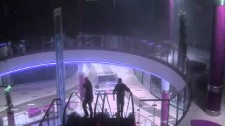 Poznań City Center - walący się sufit (katastrofa budowlana) | Roof collapse in Poznań shopping mall