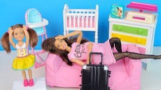 СУМКА В РОДДОМ Мультик Куклы #Барби Беременная Мама Игрушки Для девочек IkuklaTV Школа