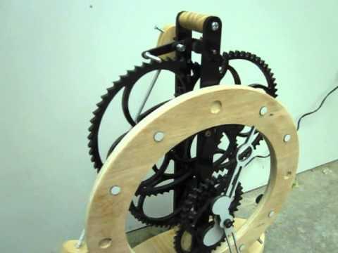 Đồng hồ bánh răng cơ điện - mẫu DB01 - Nguyễn Hồng Ban