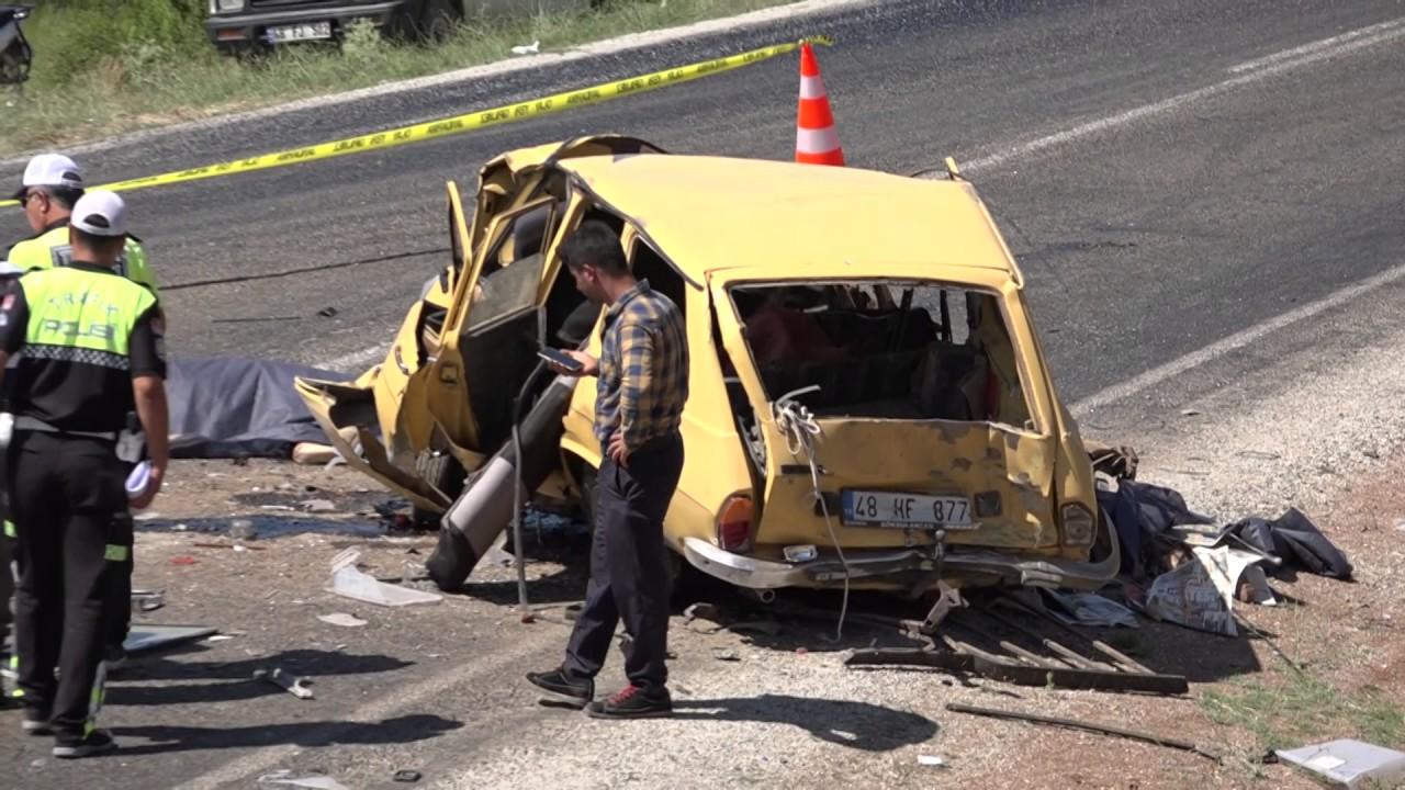Feci Kaza Zincirleme Trafik Kazası: 3 Ölü, 4 Yaralı