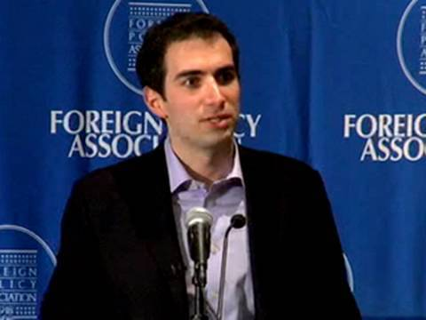 How to Get Wall Street Insiders to Tell All - Andrew Ross Sorkin Mp3
