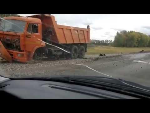 """Борис РЫЖИЙ. Стихи. """"Так гранит покрывается наледью...""""из YouTube · Длительность: 2 мин26 с  · Просмотры: более 2.000 · отправлено: 5-1-2014 · кем отправлено: Irina Bazhovka"""