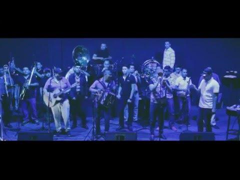 Primeras Caricias DOBLE BANDERA ft. BANDA LA PAVA 2016