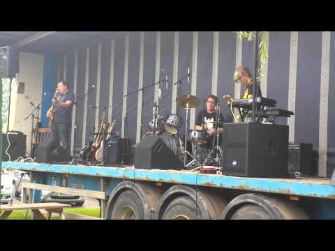 W.S.R.P at Crownfest, Martley performing Breakout