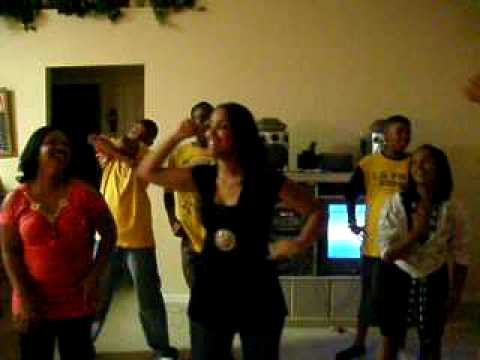 Group 1 Crew Movin' Dance
