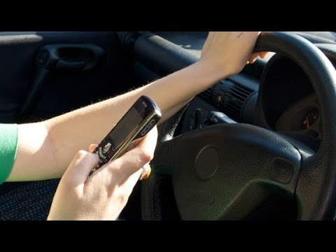 Can't stop texting while driving? Use this
