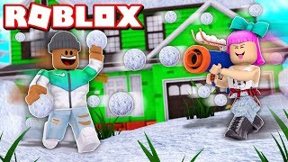 THROWING 100,000 SNOWBALLS!! | Roblox Sno Day