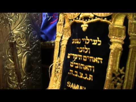Reportaje sobre la visita a una sinagoga