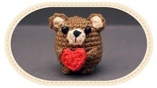 Вязаный мишка амигуруми. Crochet bear amigurumi.