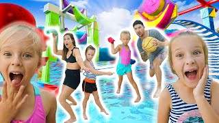 ULTIMATE BACKYARD WATERPARK OBSTACLE COURSE!