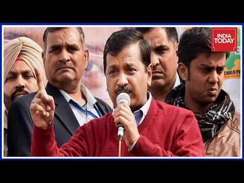 Newsroom : Arvind Kejriwal's Double Stands On Corruption Exposed ?