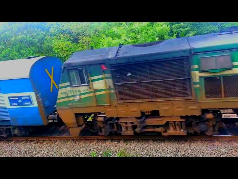 Chandigarh Kochuveli Kerala Samparkranti Express accelerating through shoranur outer