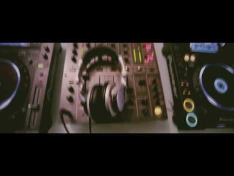 DJ Christian M. (Ireland) & Qasra @ Friends Of Fancy Weekend Unique Club