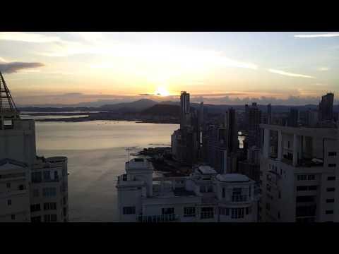 1,000 square meter apt Panama