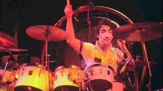 The Who - However Much I Booze - Wembley 1975 (7)