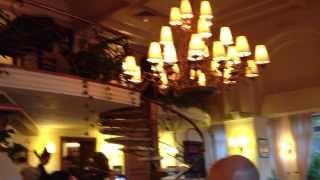 Президентская команда в ресторане Прага(, 2013-10-03T14:30:06.000Z)
