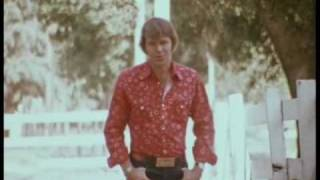 Glen Campbell - Rhinestone Cowboy (Official Video)