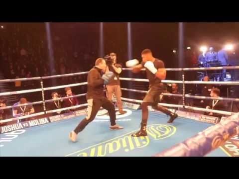 MONSTER!! - ANTHONY JOSHUA (FULL & COMPLETE) PUBLIC WORKOUT IN MANCHESTER / JOSHUA v MOLINA
