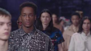 Louis Vuitton Men's Fall-Winter 2019 Fashion Show Highlights thumbnail