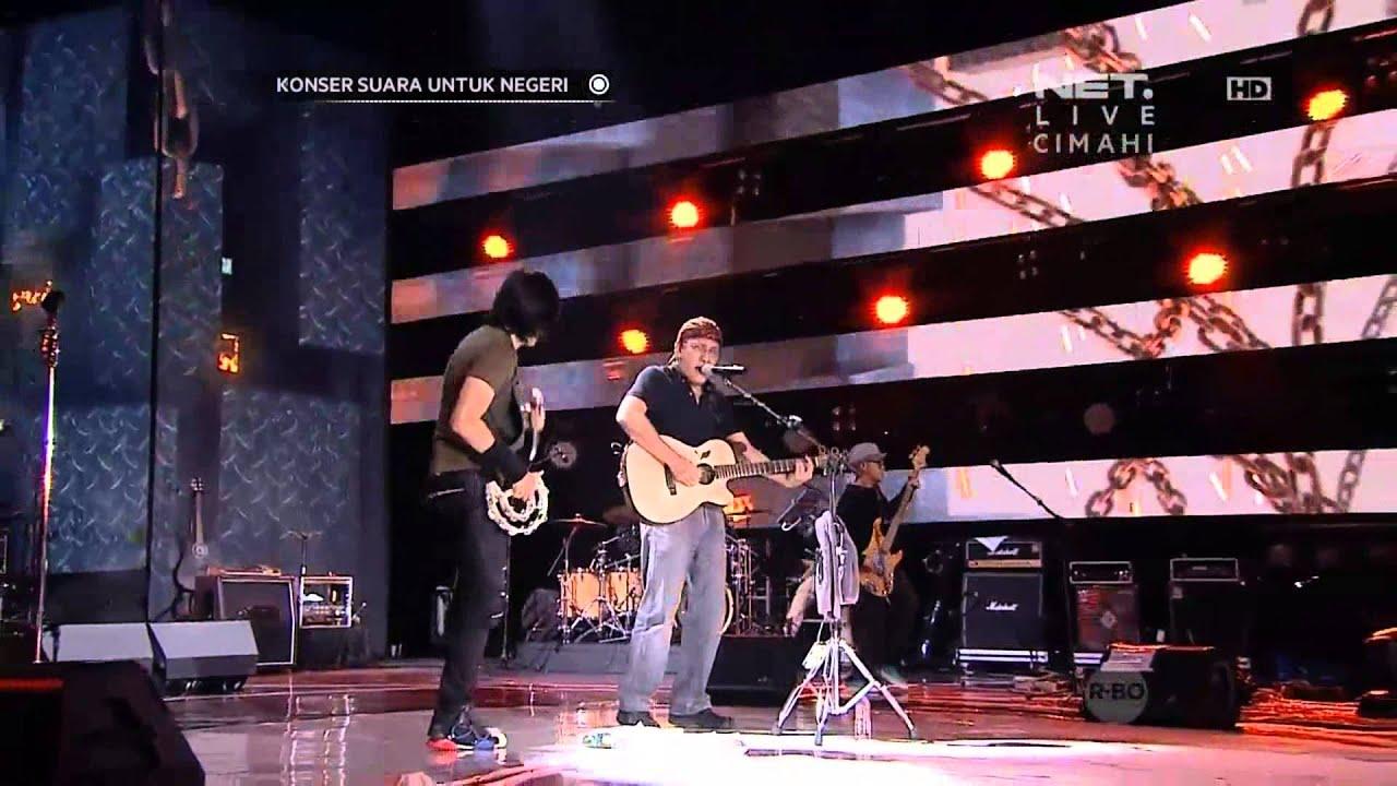 Iwan Fals Konser Suara Untuk Negeri Cimahi ft Gigi - Great - Mata Dewa