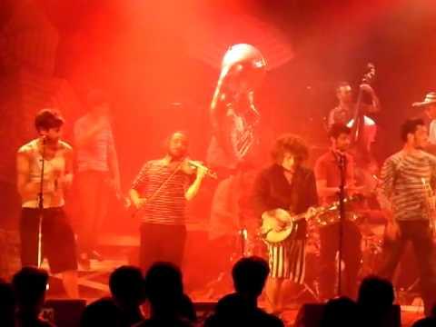 les Hurlements de Léo (dénonce) Live@ Rock Scholl Barbey