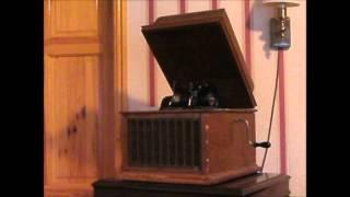Just A Wee Deoch An Doris, sung by Harry Lauder 1870-1950.