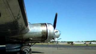 RARE Boeing B-17G taxi for take off - Teterboro airport New Jersey