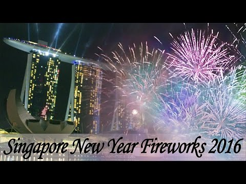 singapore new year fireworks 2016 marina bay sands hotel fullerton hotel esplanade mall youtube