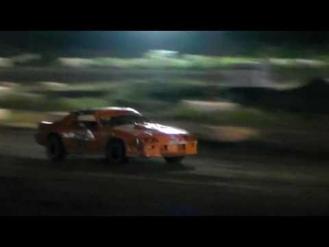 Gary Pescador #01 MAIN EVENT 5/6/17 Street Stock Paradise Speedway Maui