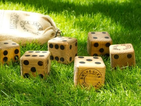 Yard Dice - Wooden Dice Game