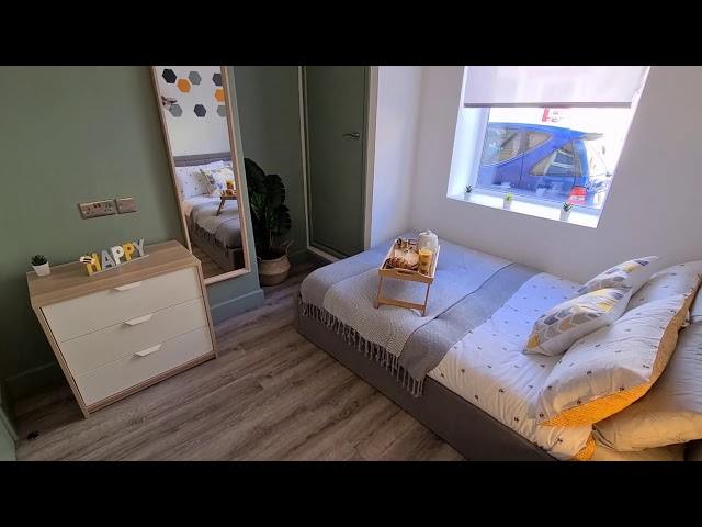 ENSUITE 5* Double Bedroom with Netflix and bills Main Photo
