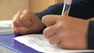 Syndrome des mouvements en miroir : quand la main droite imite la gauche… - Le Magazine de la santé